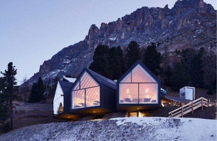 Pasakains namiņš Dolomītu Alpos