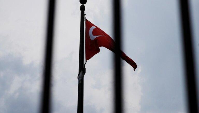 Ankara: ES sankcijas neietekmēs Turcijas aktivitātes Kipras piekrastē