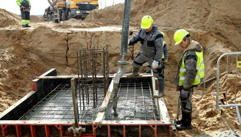 Минэкономики: в ближайшие годы в Латвии будут нужны инженеры, строители и соцработники