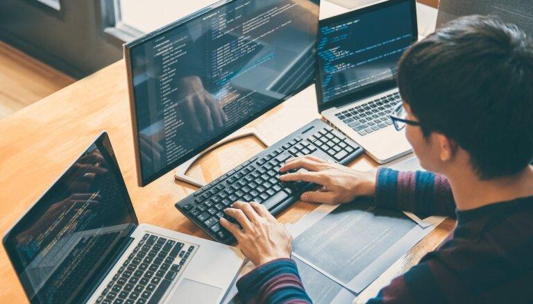 Programmēšana vairs nav 'Ķīnas ābece': IT nozare un profesija tuvplānā