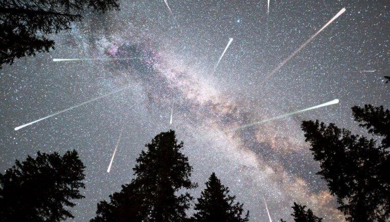 Meteoru plūsmas un lielais Marss: ko vērot debesīs oktobrī