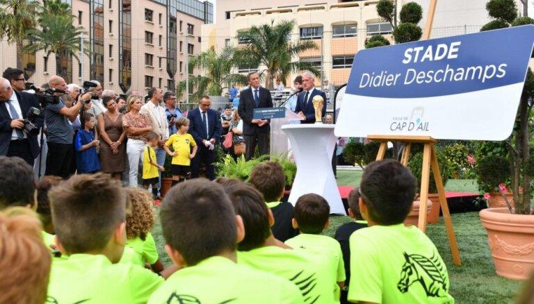 Francijas futbola izlases trenera Dešāma vārdā nosauc stadionu Monako