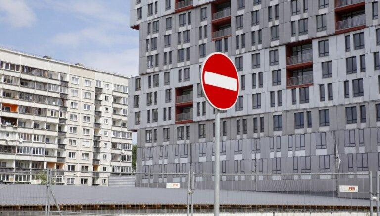 Zolitūdes traģēdijas vietā esošā nama īpašniekiem dubulto nodokļu likmi