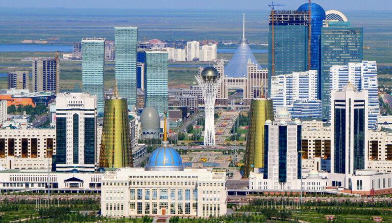 Столица Казахастана Астана официально переименована в Нурсултан