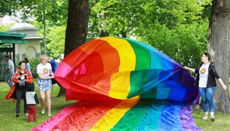 Президент об однополых браках: Это вопрос дискуссии в обществе, со временем система ценностей меняется