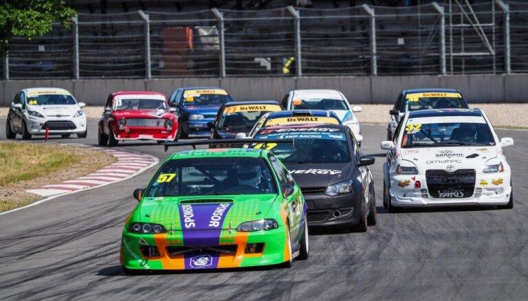 Baltijas autošosejas čempionāts sasniedzis sezonas viduspunktu