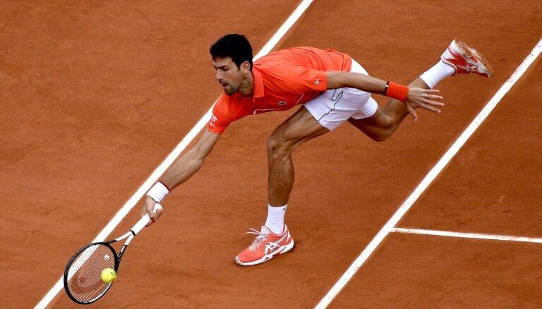 ATP iesaldē tenisa rangu