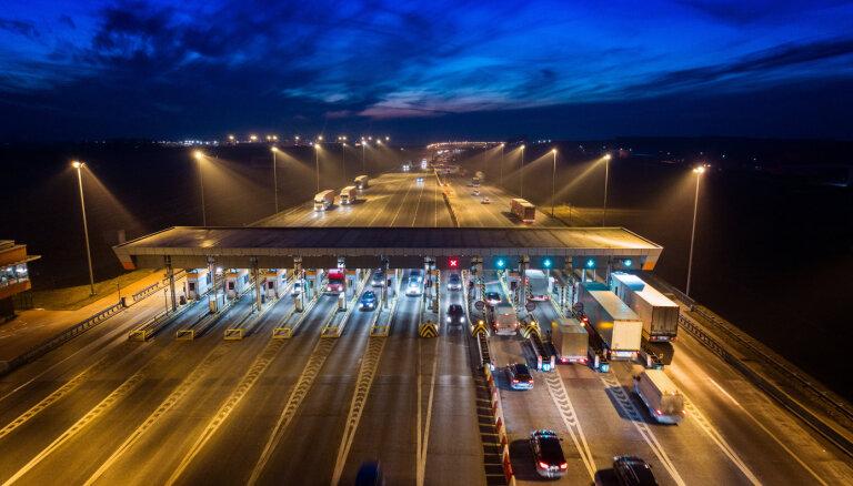 Polijā ieviesīs jaunu elektroniskās ceļu maksas iekasēšanas sistēmu