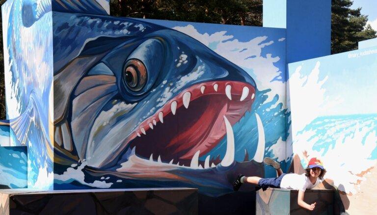 Foto: Mežaparkā aizvadīts Starptautiskais trīsdimensiju mākslas festivāls 'Rīgas ilūzijas'
