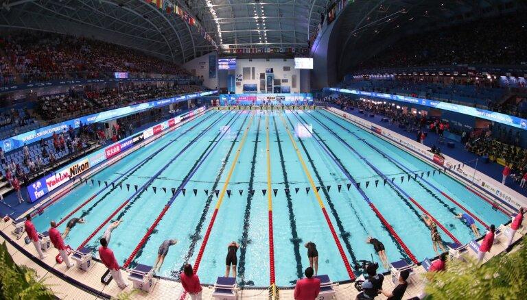 Peldētāja Šteina pasaules čempionātā labo Latvijas rekordu 200 metru peldējumā uz muguras