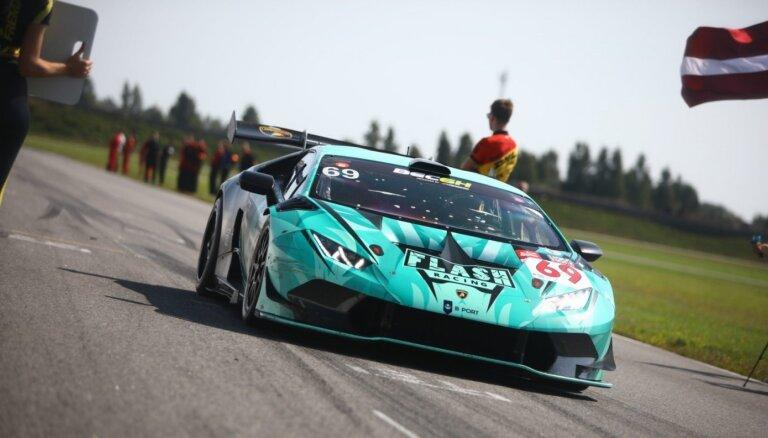 'Flash Racing Latvia' uzvar Baltijas izturības čempionātā Pērnavā
