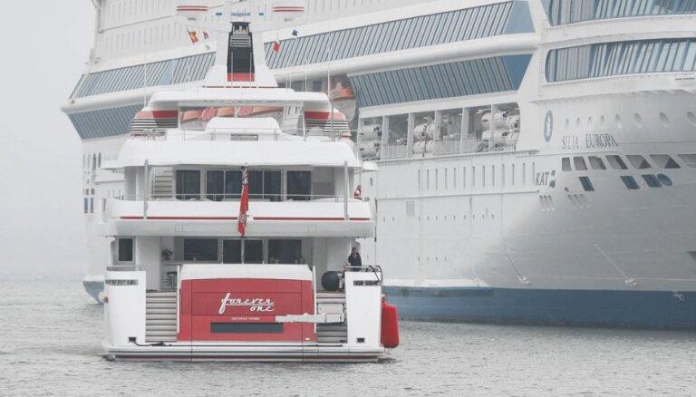 ФОТО: Миллиардер в Эстонии. В Таллине причалила роскошная яхта за 40 млн долларов