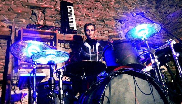 'Instrumentu' koncertus iesildīs 'Carnival Youth' un 'Rick Feds Society'