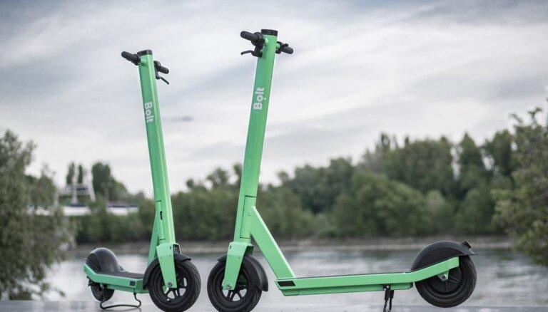 """""""Согласие"""" предлагает изгнать велосипеды и электросамокаты с пешеходных тротуаров"""