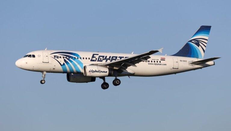 СМИ: экипаж пытался потушить пожар на борту EgyptAir перед крушением