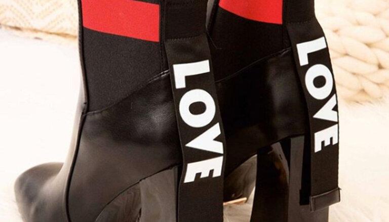 ФОТО. Названа самая популярная обувь 2020 года