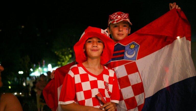 Aculiecinieka foto: Horvātija līksmo par futbola izlases iekļūšanu pusfinālā