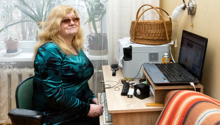 Pierādīt, ka neredzīgs cilvēks var studēt: Rudītes Vēveres stāsts