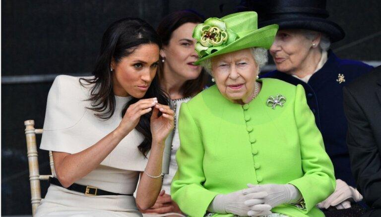 СМИ: Королева сделала выговор Меган Маркл и велела поменять привычки