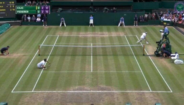 Federers kļūst par pirmo astoņkārtējo Vimbldonas čempionu