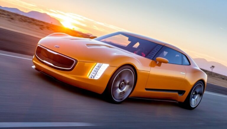 'Kia' sportiskās kupejas prototips 'GT4 Stinger'