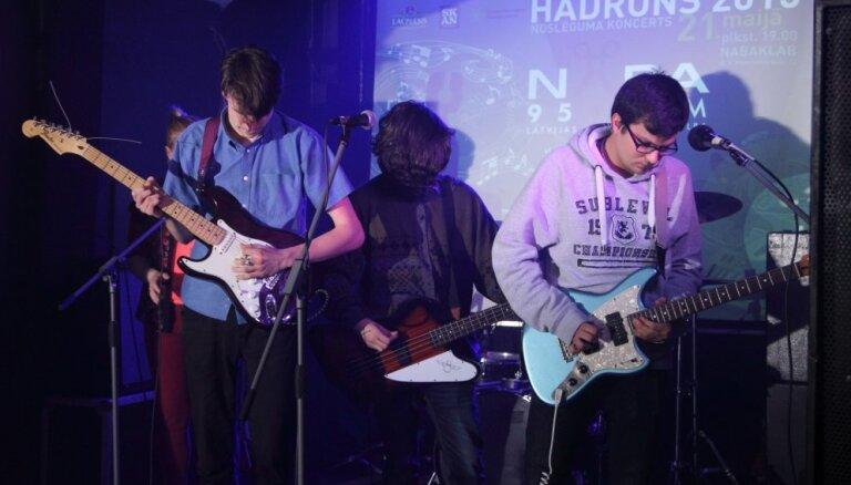 Konkursā 'Hadrons' uzvar grupa 'Chomsky Chess Club'