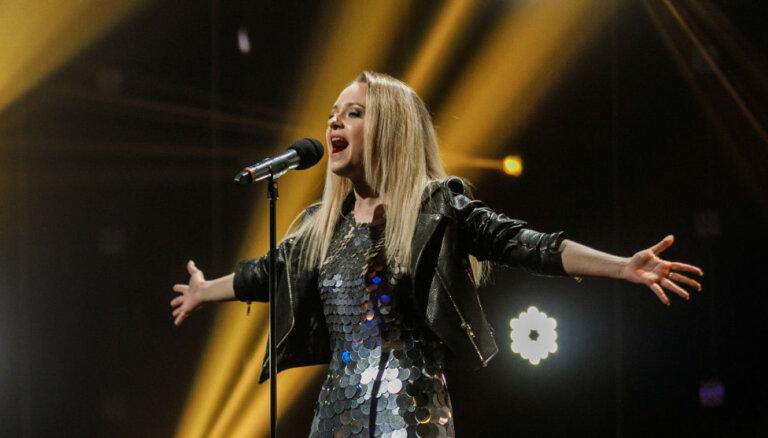 Šova 'X Faktors' otrajā sezonā triumfē baltkrieviete Kattie