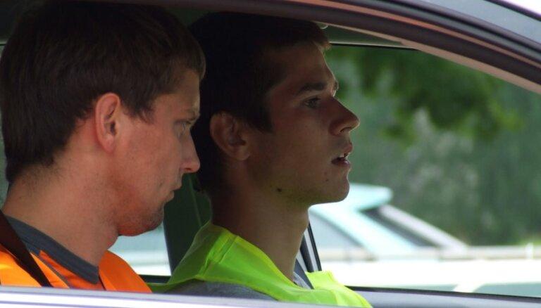 DBS: Lieka ažiotāža ap autovadītāju apmācību