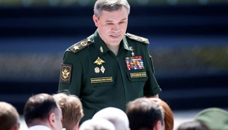 Krievijas galveno ģenerāli visvairāk biedē tautiešu nelojalitāte