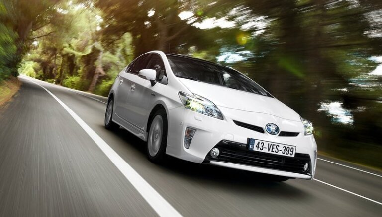 'Toyota Prius' pirmais saņem maksimālo vērtējumu ADAC rīkotajā 'EcoTest'
