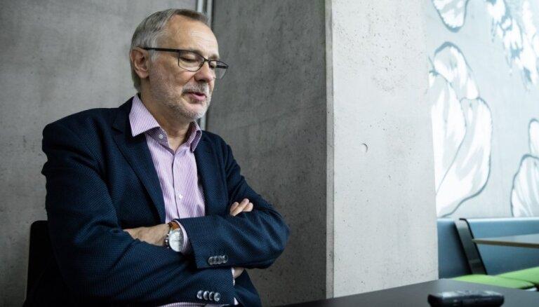 Stažēšanās Pekinā – bijušais LU rektors Auziņš skaidro iemeslus sadarbībai ar VDK