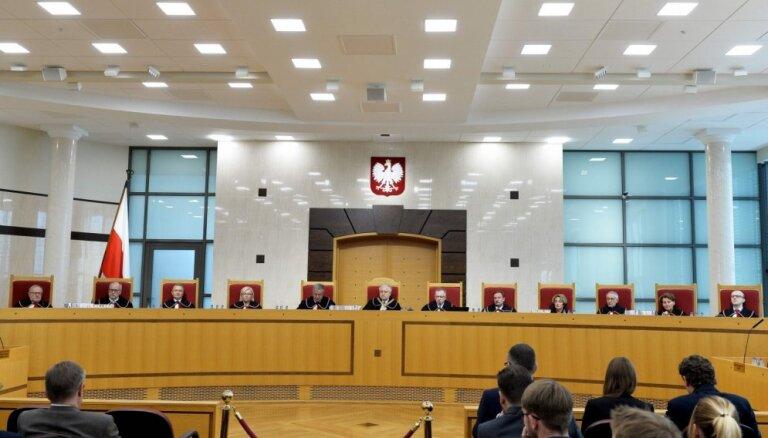 EK ierosina pret Poliju kārtējo pārkāpuma procedūru par tiesu reformām