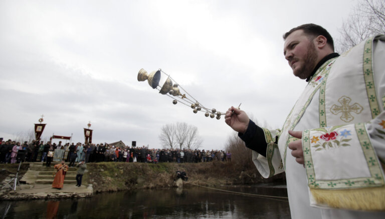 Bosnijai jānojauc musulmanietes pagalmā uzcelta serbu baznīca, lemj ECT