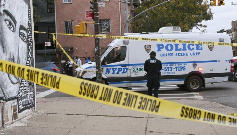 Apšaudē Ņujorkas klubā nogalināti četri cilvēki