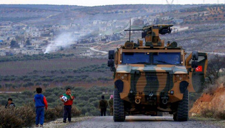 Turcija nemierā ar ASV nevēršanos pret turkus, iespējams, nogalinājušajiem kurdiem Irākā
