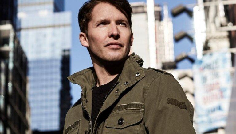 Rīgā uzstāsies britu mūziķis Džeimss Blants