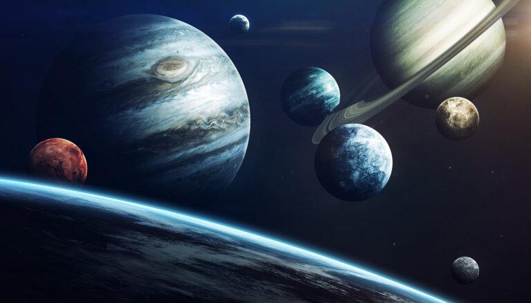 Pagrieziens apziņā – virzienu maina divas ietekmīgas planētas