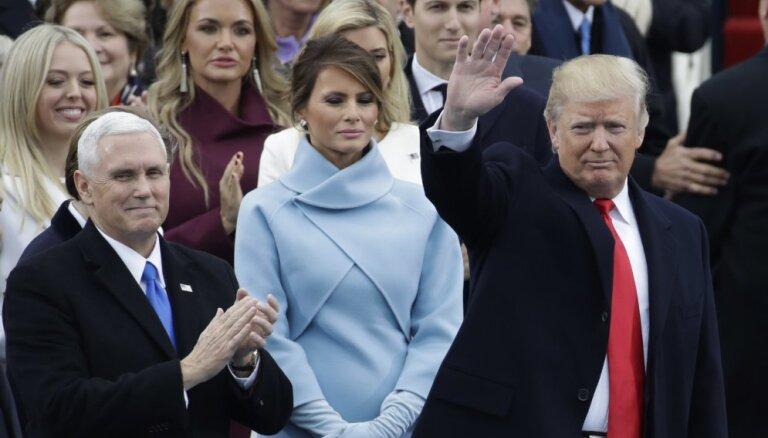 Melāniju Trampu apbēdina vīra joks par viņas aiziešanu