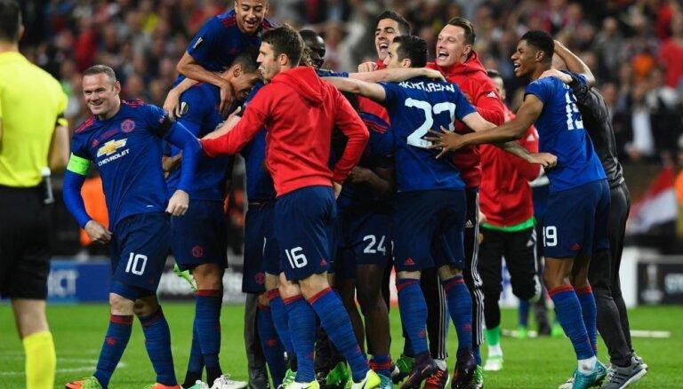 'Manchester United' otro gadu pēc kārtas kļuvis par pelnošāko futbola klubu pasaulē