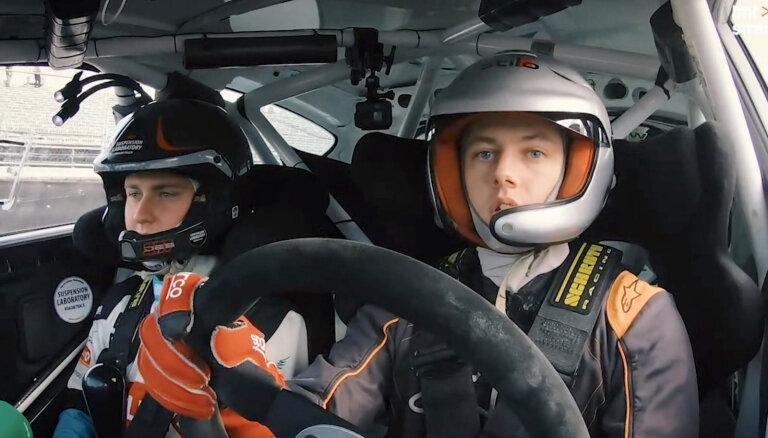 Video: e-autosporta čempioni Nitiša vadībā izmēģina īstu rallija auto