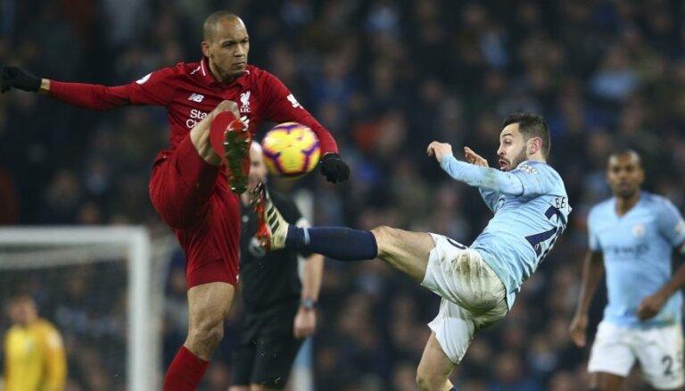 'Manchester City' aizraujošā cīņā sagādā 'Liverpool' pirmo zaudējumu sezonā