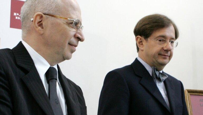 Kargins un Krasovickis zaudē strīdā par 'Parex' pārņemšanas līgumu