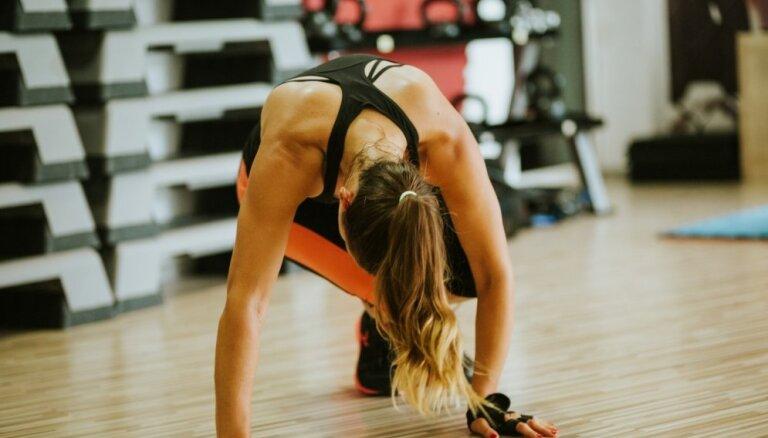 Efektīva kaloriju dedzināšana: vingrojumi un treniņi, kas palīdzēs sasniegt labāko rezultātu
