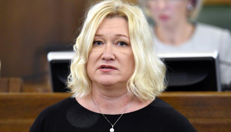 'Mērs pilns' – Saeimas komisija par Kariņa neierašanos sūdzēsies SAB (plkst. 16.40)