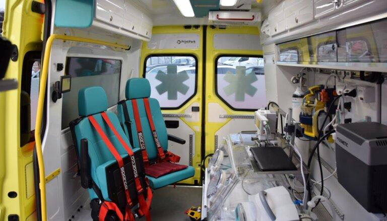 """У """"Скорой помощи"""" появился спецтранспорт для самых маленьких пациентов"""