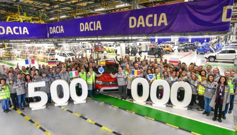'Dacia' rūpnīcā Rumānijā saražots pusmiljons jauno 'Duster' apvidnieku