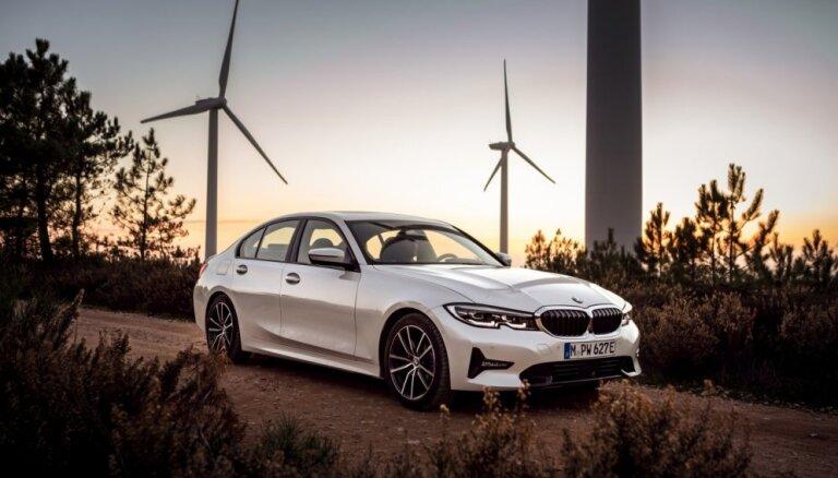 BMW jaunās 3. sērijas hibrīds patērēšot 1,7 litrus benzīna uz 100 km
