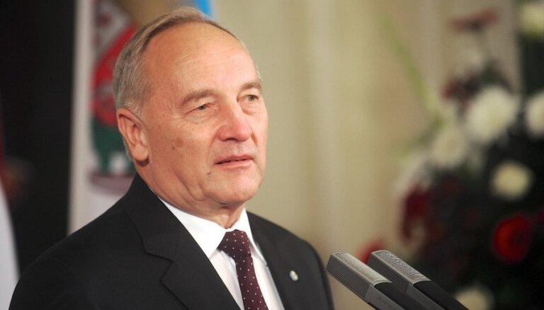 Президент: латвийская экономика развивается хорошо