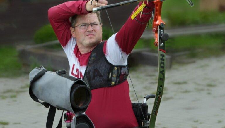 Latvijas loka šāvējs Jonasts neiekļūst Rio paralimpisko spēļu astotdaļfinālā