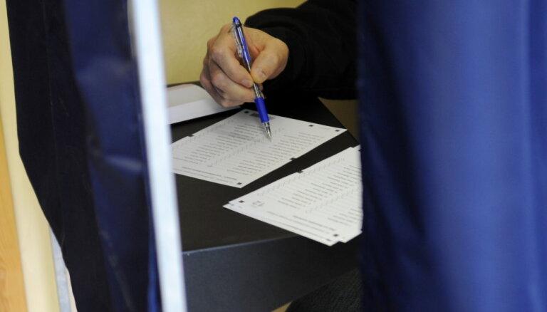 Trīs dienas pirms vēlēšanām izņemti vien 13% vēlētāju apliecību
